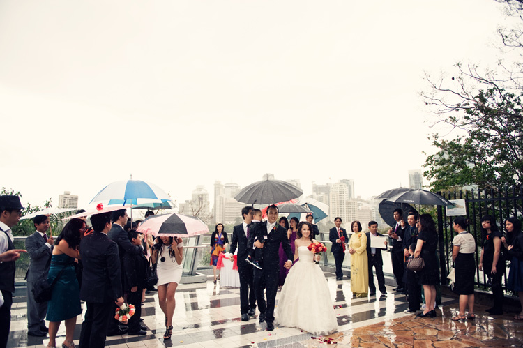 rainy outdoor wedding